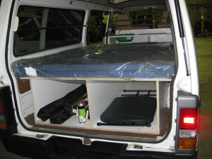 Build A Bed And Kitchen Campervan Travellers Autobarn