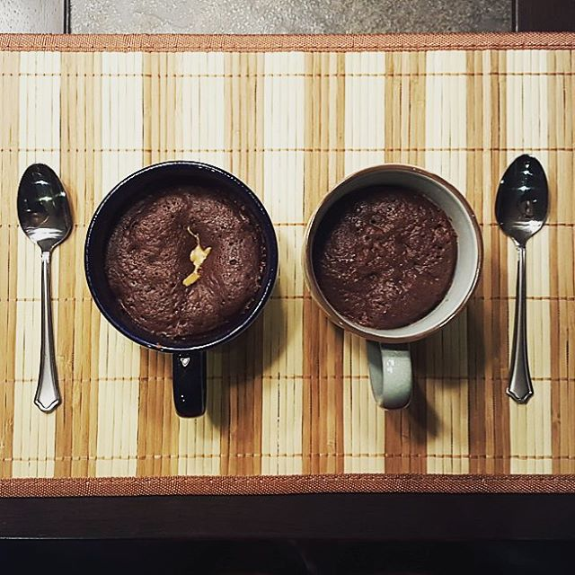 brownie in a mug by k_yahiro
