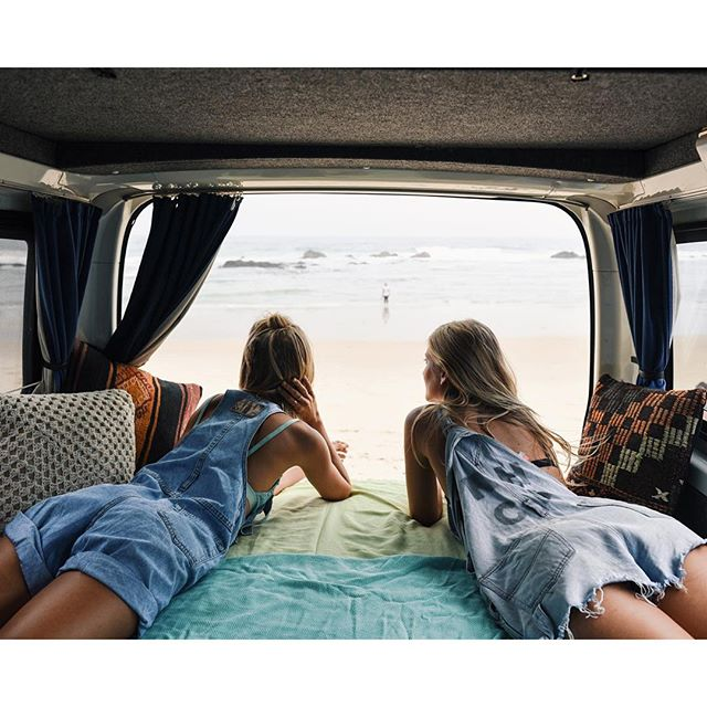 Travel 101: How To Survive A Year Of Travelling With Your Best Mate