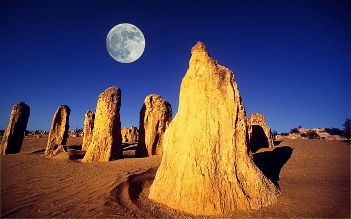 Image: The Pinnacles – tianxinqi.com