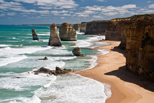 Your Guide To An Adventurous Drive Along The Great Ocean Road
