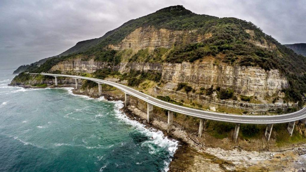 Melbourne to Sydney - Sea Cliff Bridge Grand pacific Drive