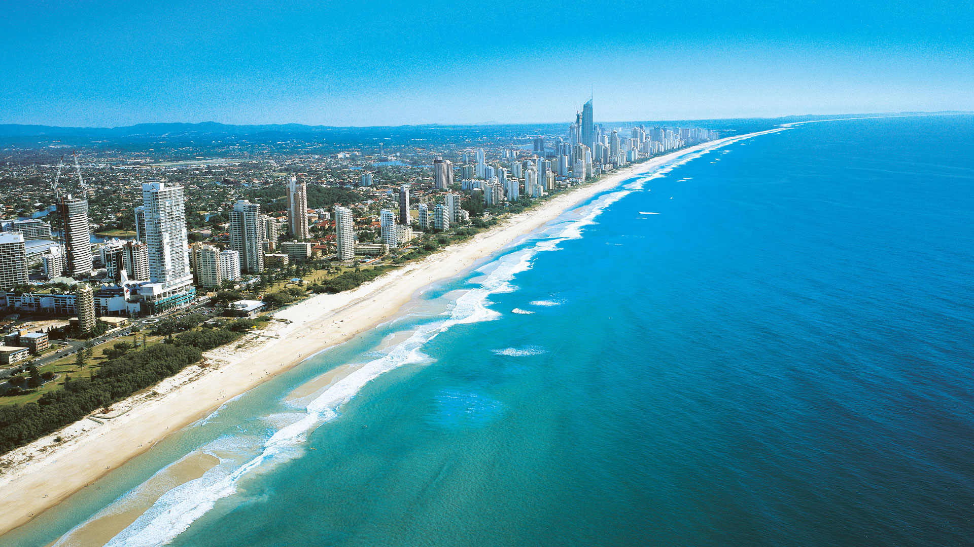 Best Surfing and Bodyboarding Beaches in Australia