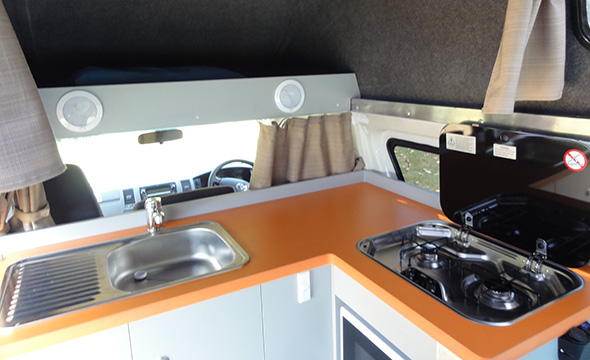 10 Campervan Kitchen Hacks to Help You Travel Australia Light and Well-Fed